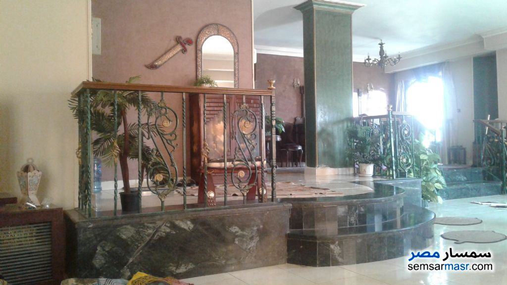 Photo 1 - Apartment 3 bedrooms 2 baths 220 sqm super lux For Sale Mokattam Cairo