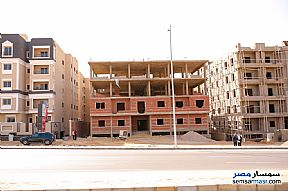 Ad Photo: Apartment 3 bedrooms 2 baths 220 sqm semi finished in Fifth Settlement  Cairo