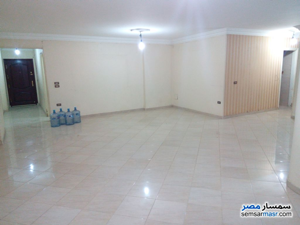 Photo 1 - Apartment 3 bedrooms 2 baths 220 sqm super lux For Sale Maryotaya Giza