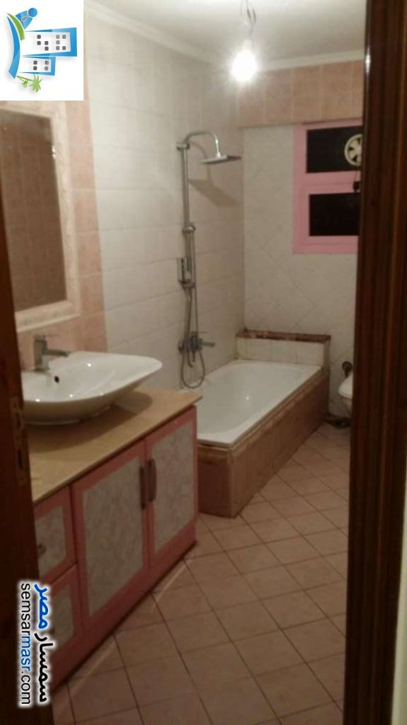 Photo 2 - Apartment 3 bedrooms 2 baths 220 sqm extra super lux For Sale Halwan Cairo