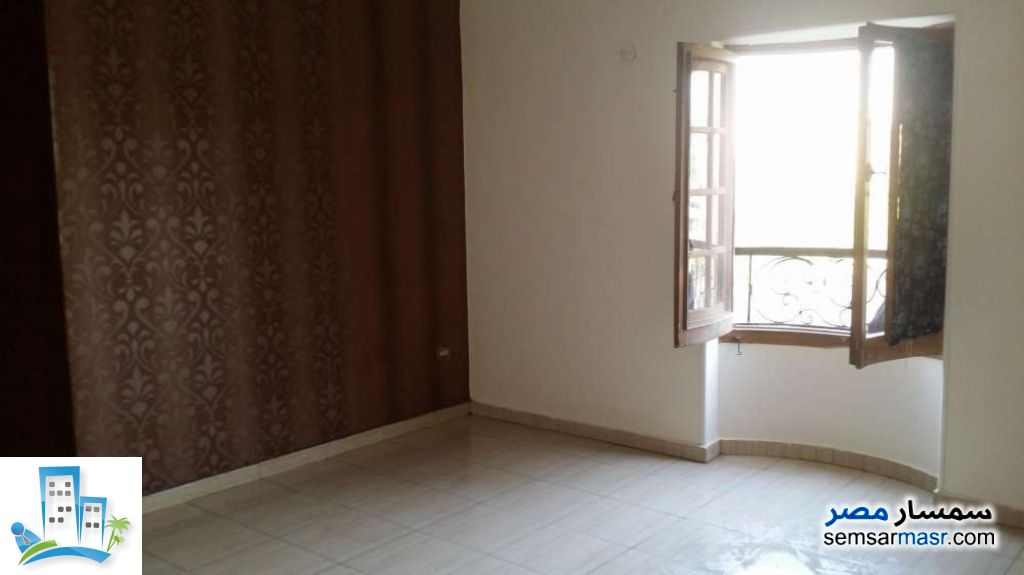 Photo 3 - Apartment 3 bedrooms 2 baths 220 sqm extra super lux For Sale Halwan Cairo