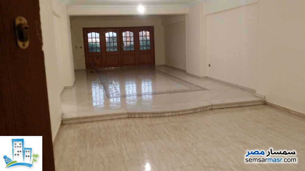Photo 4 - Apartment 3 bedrooms 2 baths 220 sqm extra super lux For Sale Halwan Cairo