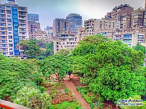Ad Photo: Apartment 3 bedrooms 3 baths 225 sqm super lux in Mohandessin  Giza