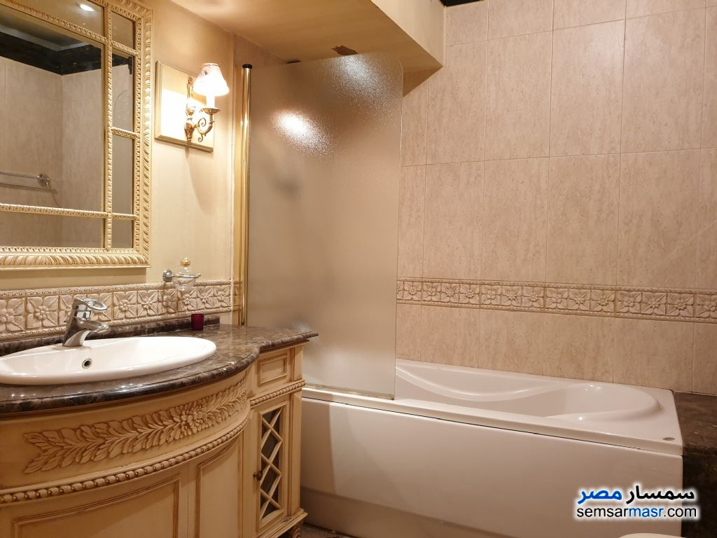 Photo 12 - Apartment 2 bedrooms 3 baths 240 sqm super lux For Sale Mohandessin Giza