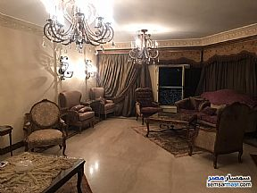 Ad Photo: Apartment 4 bedrooms 3 baths 245 sqm super lux in Mohandessin  Giza