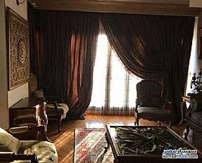 Ad Photo: Apartment 4 bedrooms 3 baths 245 sqm extra super lux in Maadi  Cairo