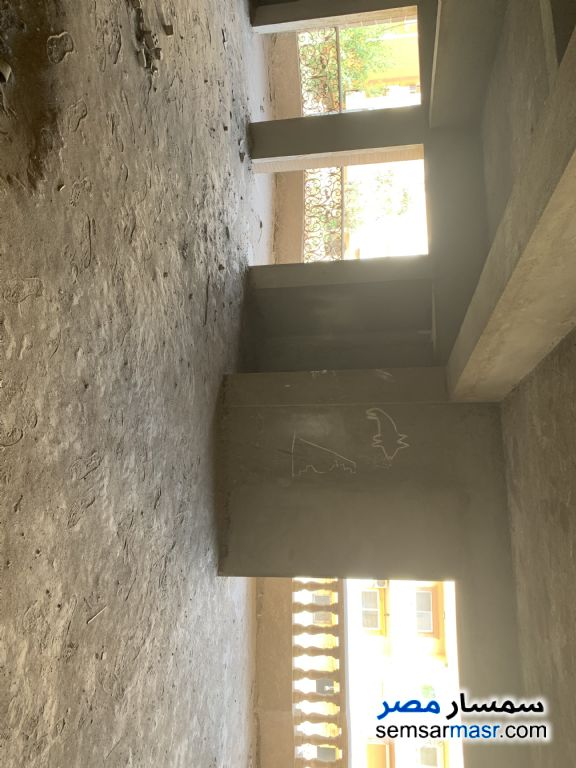 Photo 2 - Apartment 3 bedrooms 2 baths 250 sqm without finish For Sale Hadayek Al Ahram Giza