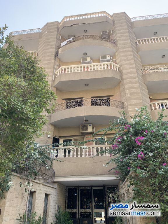 Photo 3 - Apartment 3 bedrooms 2 baths 250 sqm without finish For Sale Hadayek Al Ahram Giza