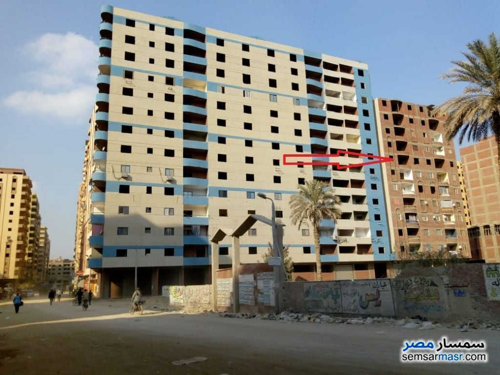 Ad Photo: Apartment 3 bedrooms 2 baths 130 sqm without finish in Maryotaya  Giza