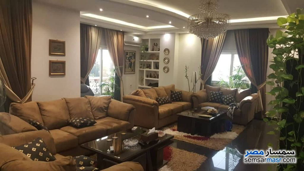 Photo 1 - Apartment 4 bedrooms 2 baths 300 sqm extra super lux For Sale Fifth Settlement Cairo