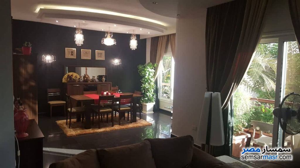 Photo 2 - Apartment 4 bedrooms 2 baths 300 sqm extra super lux For Sale Fifth Settlement Cairo