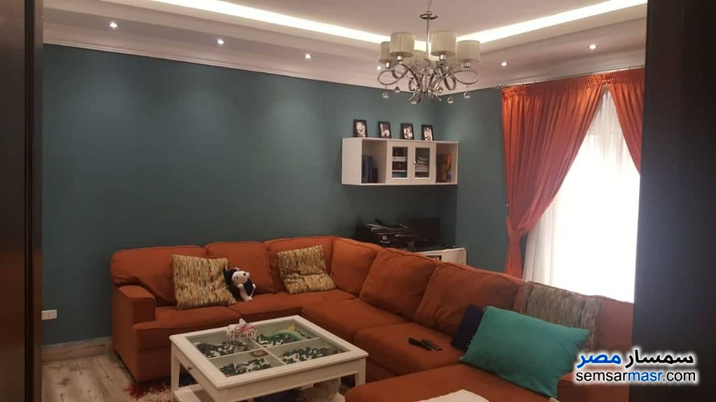 Photo 3 - Apartment 4 bedrooms 2 baths 300 sqm extra super lux For Sale Fifth Settlement Cairo