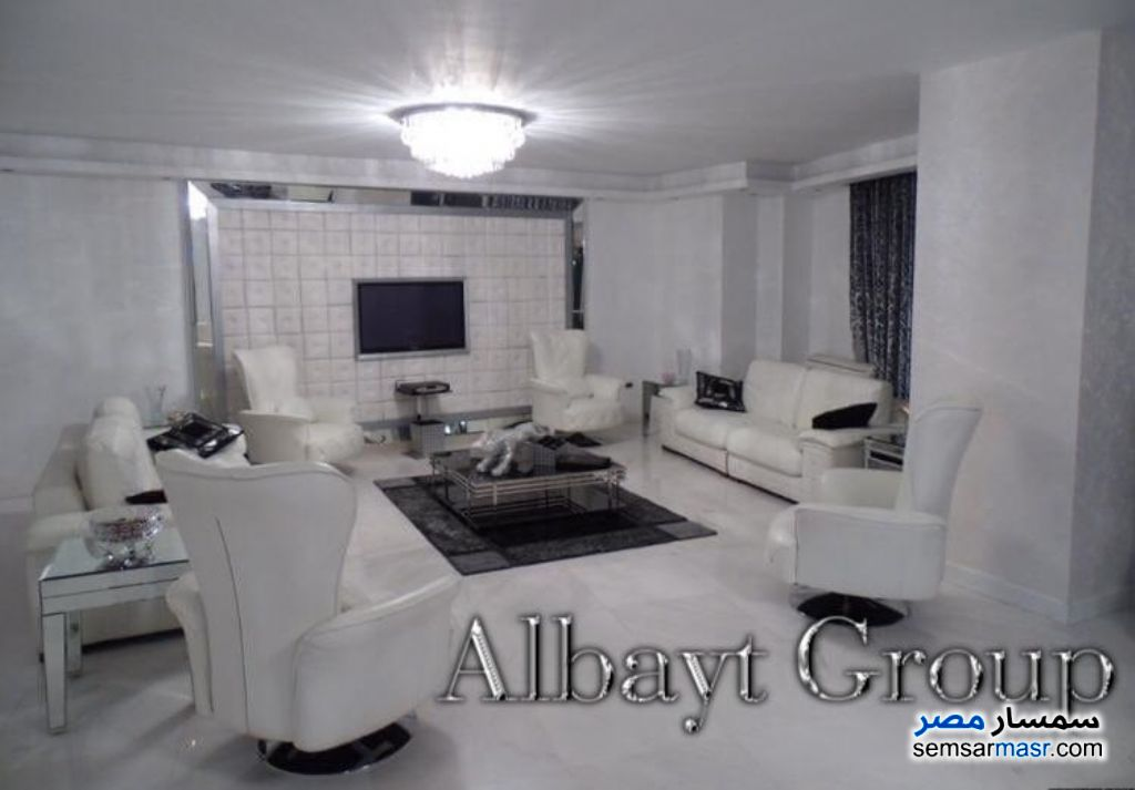 Photo 1 - Apartment 4 bedrooms 3 baths 315 sqm extra super lux For Sale Heliopolis Cairo