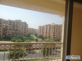 Ad Photo: Apartment 4 bedrooms 4 baths 325 sqm super lux in Madinaty  Cairo
