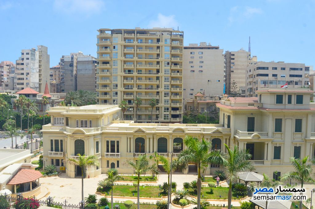 Ad Photo: Apartment 3 bedrooms 3 baths 370 sqm extra super lux in Zezenia  Alexandira