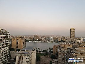 Ad Photo: Apartment 8 bedrooms 4 baths 440 sqm in Giza District  Giza