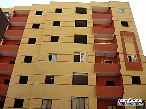 Ad Photo: Apartment 2 bedrooms 1 bath 75 sqm semi finished in Maadi  Cairo