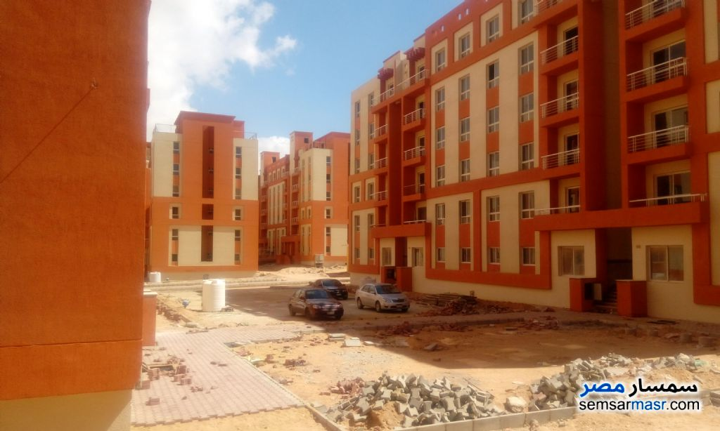 Ad Photo: Apartment 2 bedrooms 1 bath 80 sqm semi finished in Ajman Industrial Area  6th of October