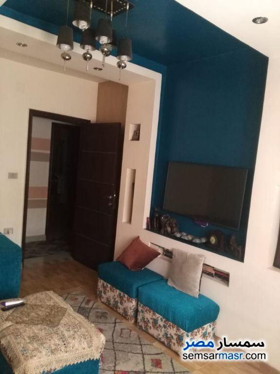 Photo 3 - Apartment 3 bedrooms 1 bath 160 sqm extra super lux For Sale Halwan Cairo