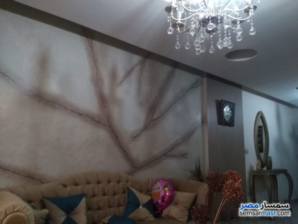 Photo 9 - Apartment 3 bedrooms 1 bath 160 sqm extra super lux For Sale Halwan Cairo