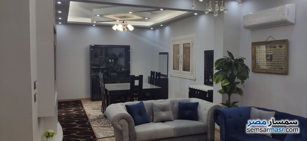 Ad Photo: Apartment 3 bedrooms 2 baths 180 sqm super lux in Al Manial  Cairo