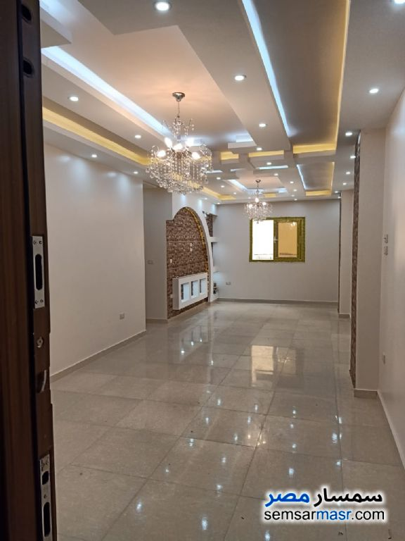 Ad Photo: Apartment 3 bedrooms 2 baths 126 sqm extra super lux in Hadayek Al Ahram  Giza