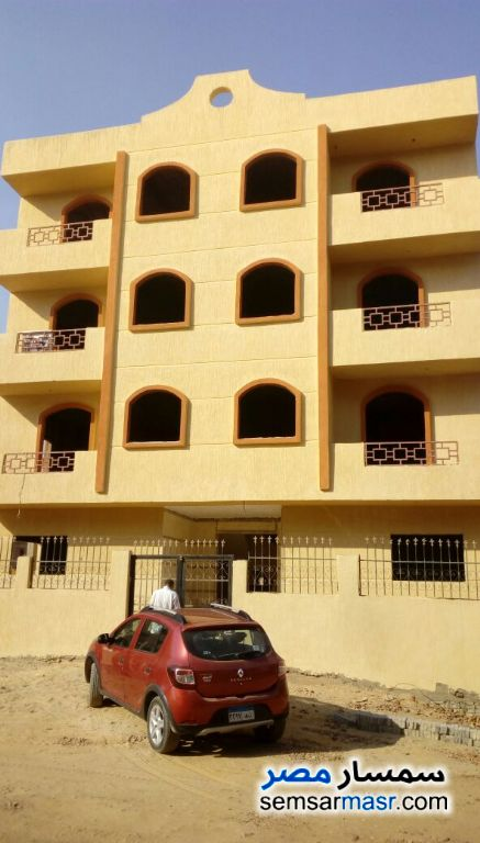 Ad Photo: Apartment 3 bedrooms 2 baths 135 sqm semi finished in Egypt