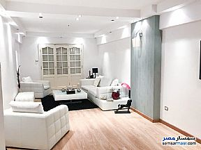 Ad Photo: Apartment 3 bedrooms 2 baths 170 sqm in Fleming  Alexandira