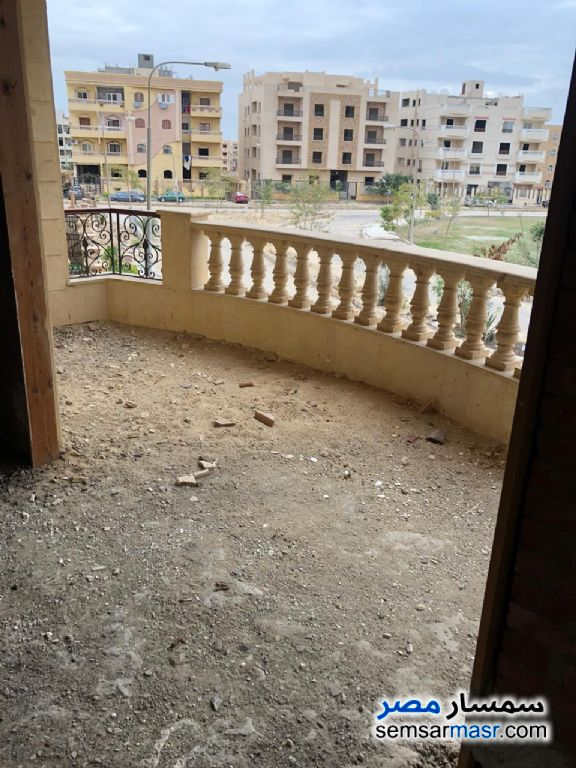 Photo 21 - Apartment 4 bedrooms 3 baths 300 sqm without finish For Sale El Ubour City Qalyubiyah