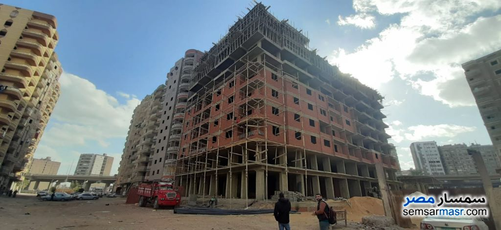 Photo 1 - Apartment 3 bedrooms 2 baths 165 sqm without finish For Sale Haram Giza