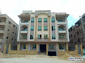 Ad Photo: Apartment 3 bedrooms 3 baths 165 sqm semi finished in Shorouk City  Cairo