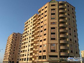 Ad Photo: Apartment 3 bedrooms 2 baths 140 sqm semi finished in New Nozha  Cairo