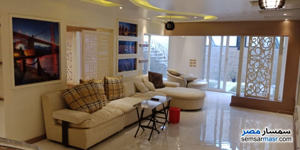 Ad Photo: Apartment 3 bedrooms 2 baths 125 sqm super lux in Giza
