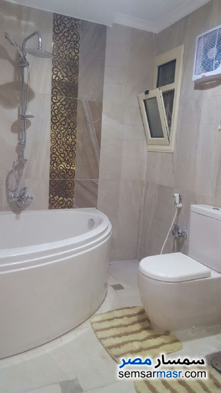 Photo 5 - Apartment 3 bedrooms 3 baths 250 sqm extra super lux For Rent Nasr City Cairo