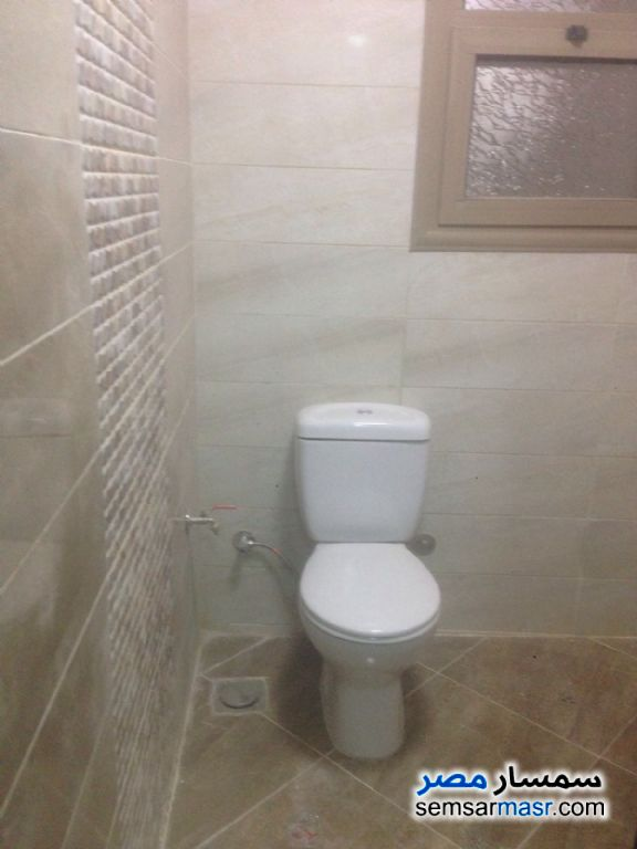 Photo 4 - Apartment 4 bedrooms 3 baths 250 sqm super lux For Rent Mohandessin Giza