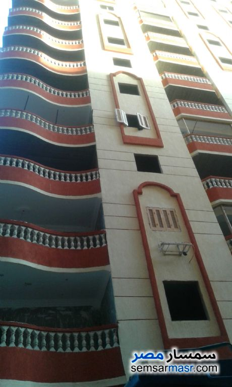 Photo 1 - 3 bedrooms 2 baths 130 sqm without finish For Sale Haram Giza