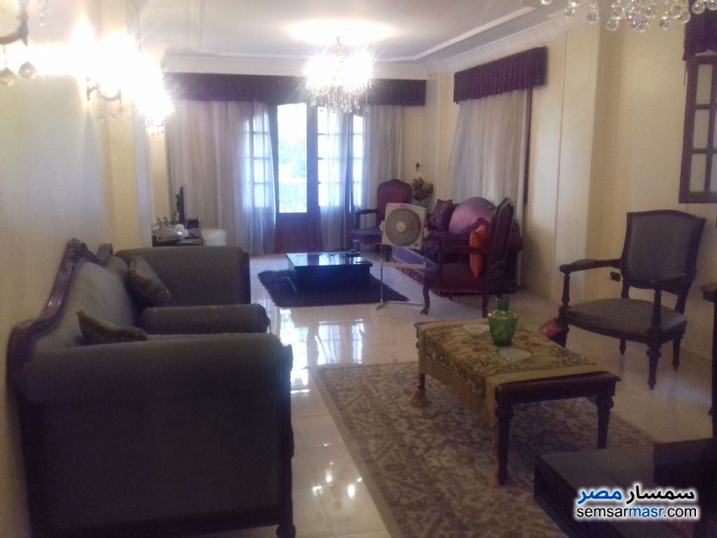 Photo 1 - Apartment 3 bedrooms 2 baths 170 sqm extra super lux For Rent Hadayek Al Ahram Giza