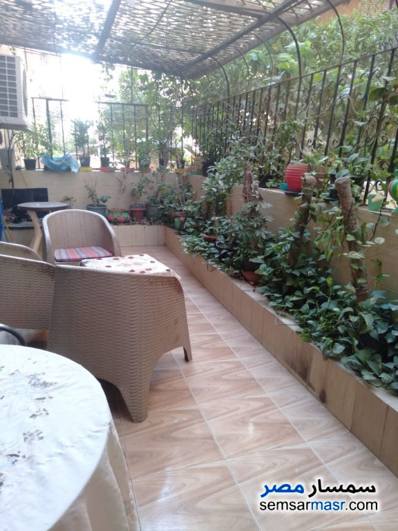 Ad Photo: Apartment 3 bedrooms 2 baths 140 sqm extra super lux in Maadi  Cairo
