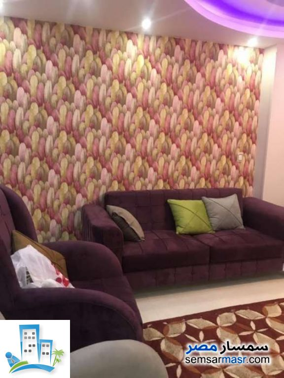 Ad Photo: Apartment 2 bedrooms 1 bath 125 sqm extra super lux in Haram  Giza