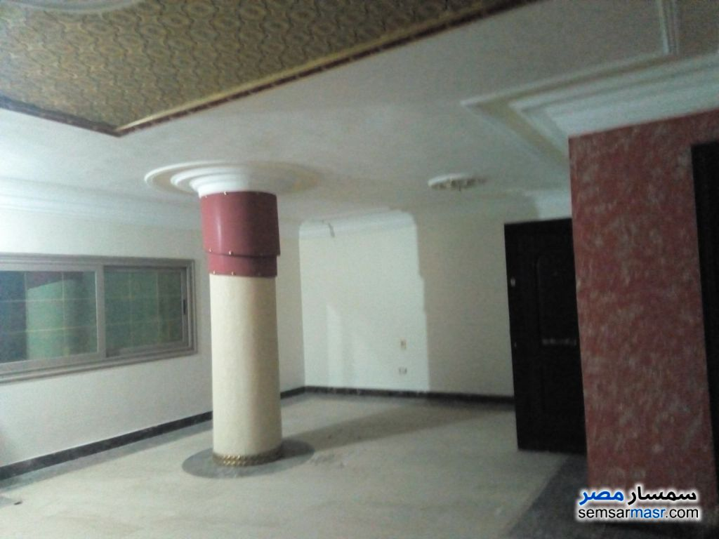 Photo 10 - Apartment 3 bedrooms 3 baths 220 sqm extra super lux For Rent New Nozha Cairo