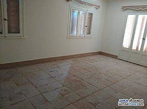 Ad Photo: Apartment 4 bedrooms 2 baths 300 sqm super lux in Mohandessin  Giza