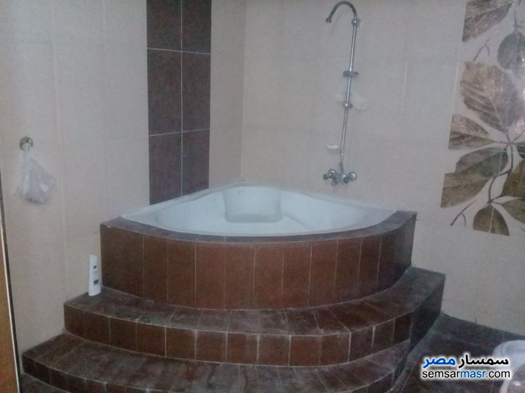Photo 12 - Apartment 3 bedrooms 2 baths 180 sqm super lux For Rent Haram Giza