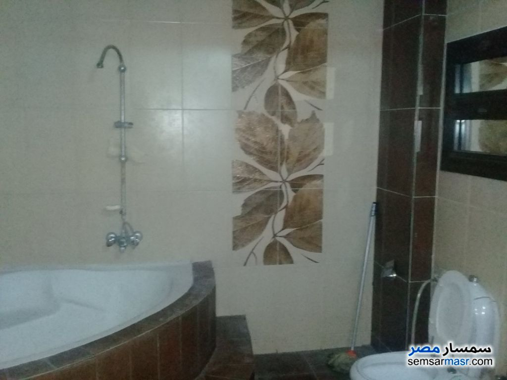 Photo 10 - Apartment 3 bedrooms 2 baths 180 sqm super lux For Rent Haram Giza