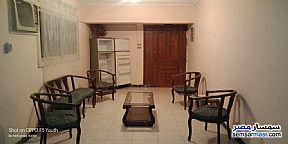 Ad Photo: Apartment 2 bedrooms 1 bath 120 sqm super lux in Mohandessin  Giza