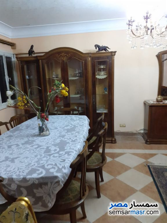 Photo 2 - Apartment 2 bedrooms 1 bath 140 sqm super lux For Rent Mohandessin Giza