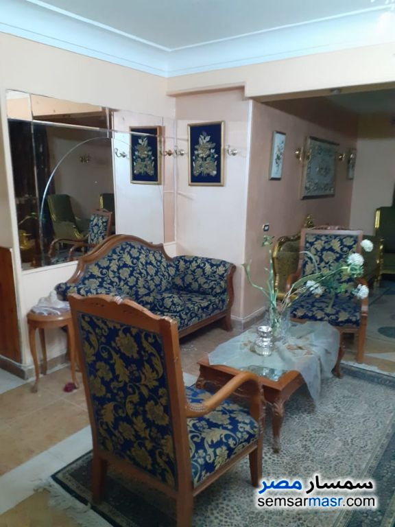 Photo 7 - Apartment 2 bedrooms 1 bath 140 sqm super lux For Rent Mohandessin Giza
