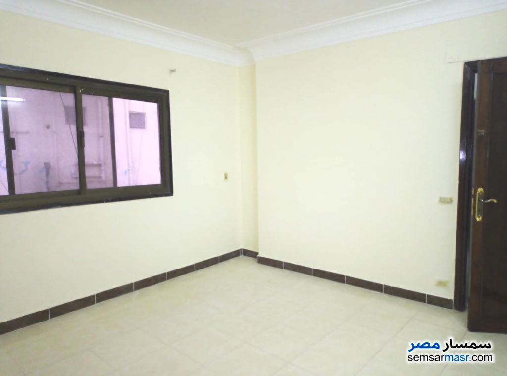 Photo 3 - Apartment 3 bedrooms 1 bath 130 sqm super lux For Rent Ismailia City Ismailia