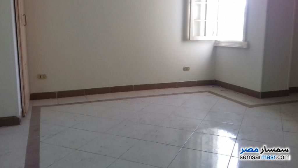 Photo 1 - Apartment 4 bedrooms 2 baths 250 sqm super lux For Rent New Nozha Cairo