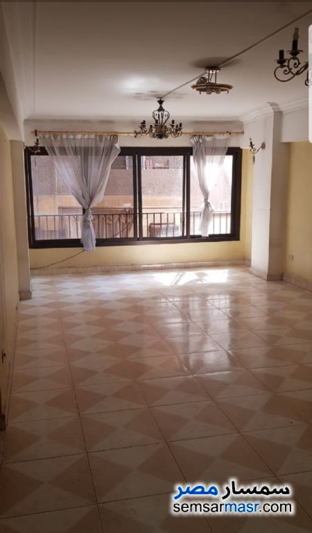 Photo 3 - Apartment 3 bedrooms 1 bath 120 sqm super lux For Rent Hadayek Al Kobba Cairo