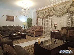 Ad Photo: Apartment 3 bedrooms 1 bath 160 sqm super lux in Zamalek  Cairo